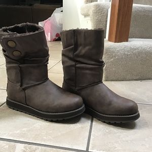Skechers boots, barely used